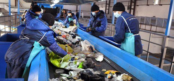 Сортировка мусора на производстве
